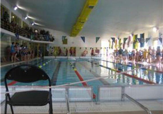 12 horas a nadar