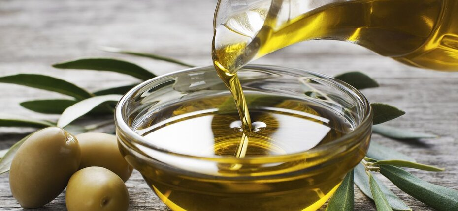 olive_oil_royalty_free_image_1570502412